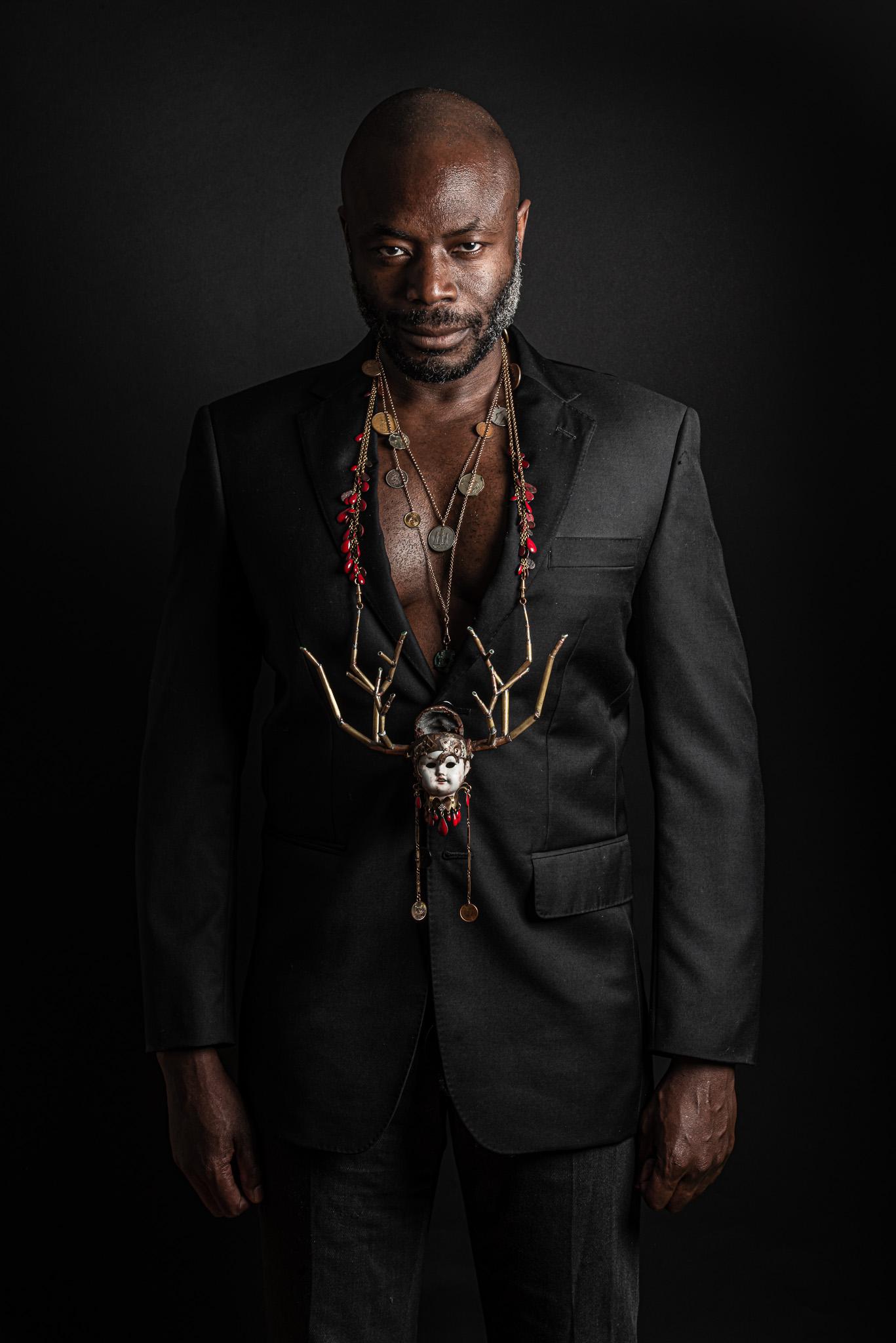 Reklamfoto för Serena Art smyckedesign